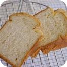 プーのハニー食パン