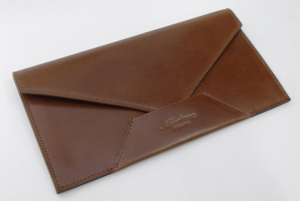 封筒型長財布表側