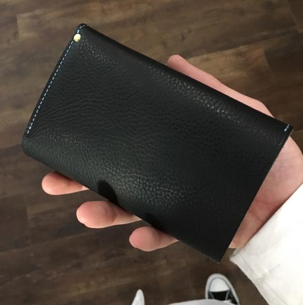 縦長三つ折り財布