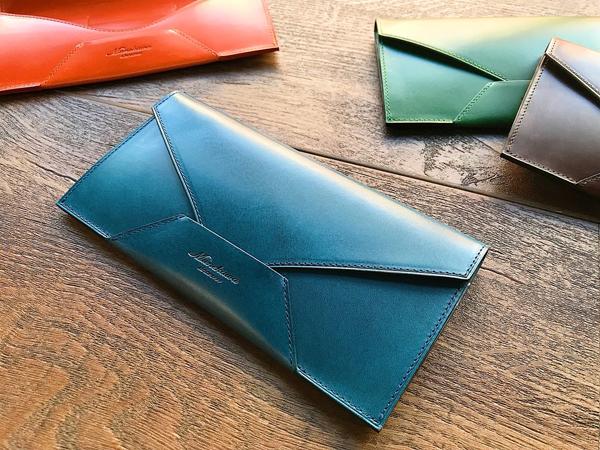 封筒型長財布