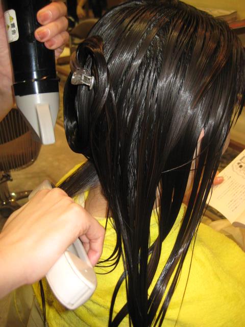 縮毛矯正、ツインブラシ