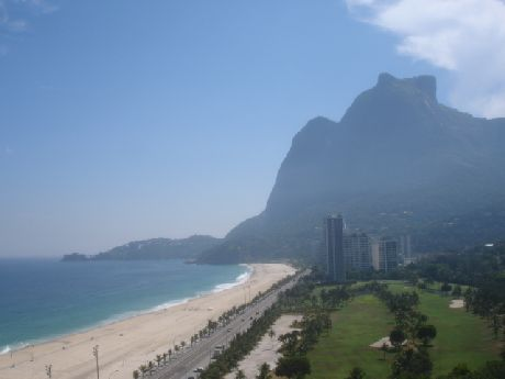 We stayed at the hotel beside of the Copacabana beach in Rio de Janeiro.  This is the view from my balcony. We had a day off in this place. 21b7394bac2