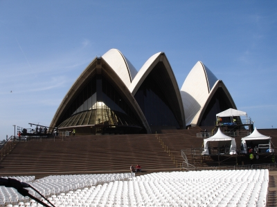 watch b2dc1 78456 and tomorrow night,we are going to play in front of Sydney Opera house.