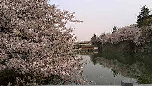 ishikawa_kenchomae_0002.jpg