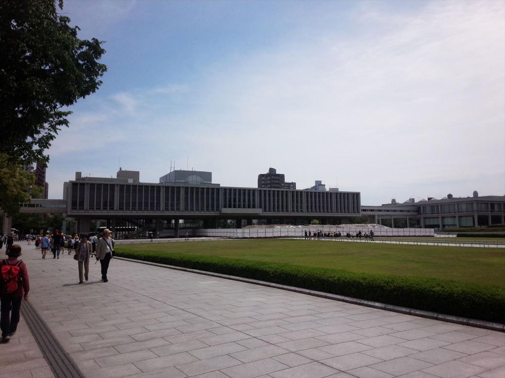 広島県 平和記念公園1_R.jpg