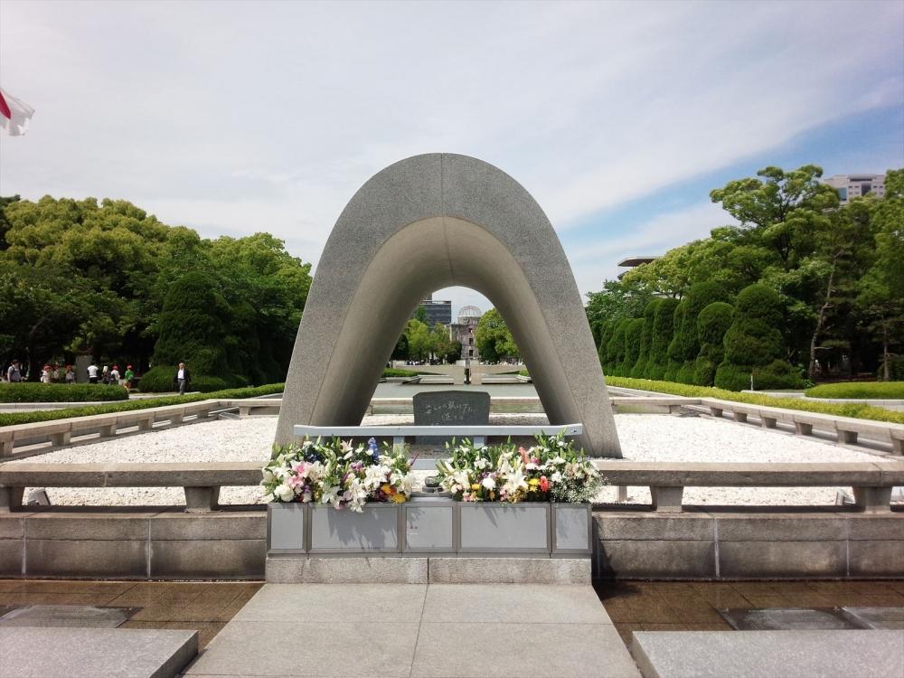 広島県 平和記念公園2_R.jpg