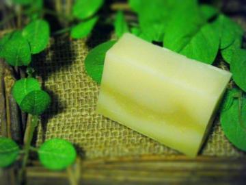 【milky pike】マンゴーバター入りセサミのマルセイユ石けん