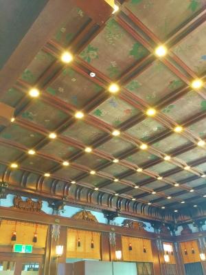 メインダイニングの天井の絵