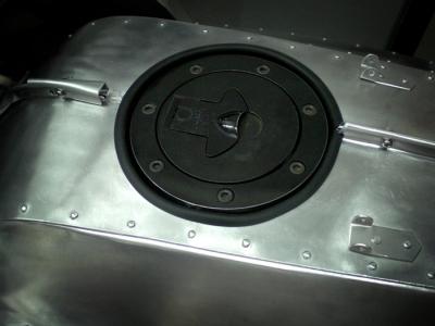 アルミタンク gpz900r