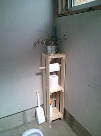 トイレ棚.jpg
