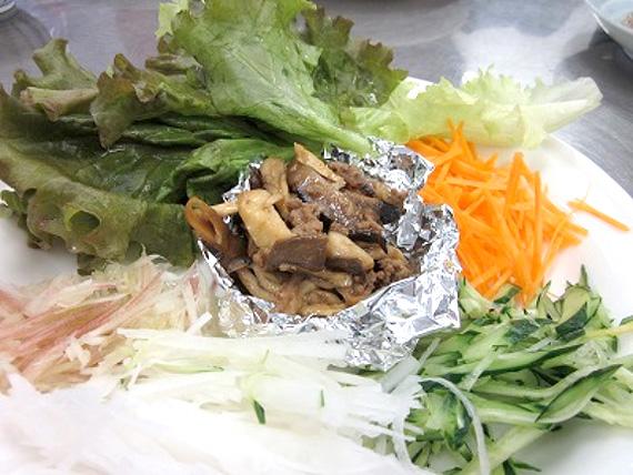 雑きのこの味噌サラダ