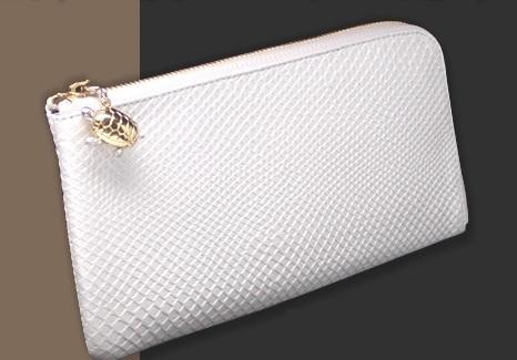 白蛇財布,財布屋
