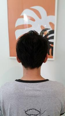 男性 カット バック 短く 直毛 ショート