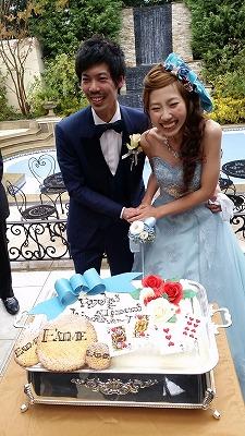 ケーキ入刀 不思議の国のアリス wedding cake