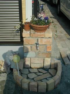 自分の家の外部水栓です・・・