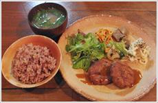 玄米菜食レストラン まくろびお