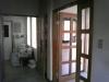 改装前の待合室から見た内玄関
