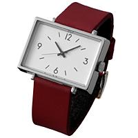 駅や公園などの公共の場所で使用されている見慣れた時計を、そのままの形で腕時計と壁掛け時計にしました。飾りの少ないシンプルな形と大きな文字盤はパッとひと目見て時間が分かる時計本来の機能を追求しています。プレゼントにもおすすめのアイテムです。