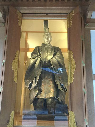 亀山上皇尊像1