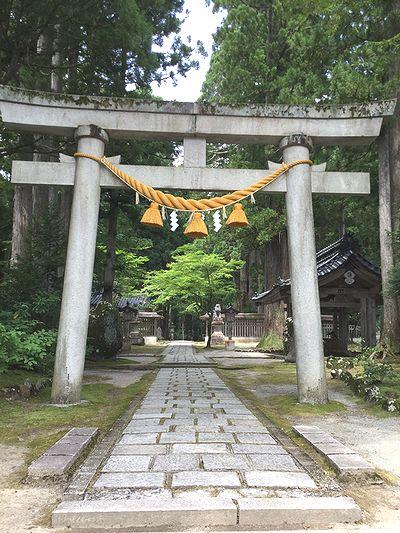 雄山神社1