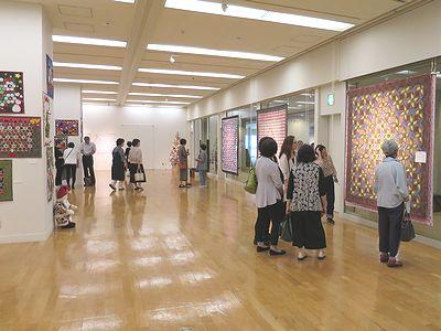 嶺井壽美子と仲間たち展1