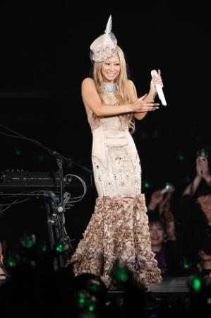 倖田來未、全国ツアー初日で涙の謝罪! ファンからの激励に再起を誓う