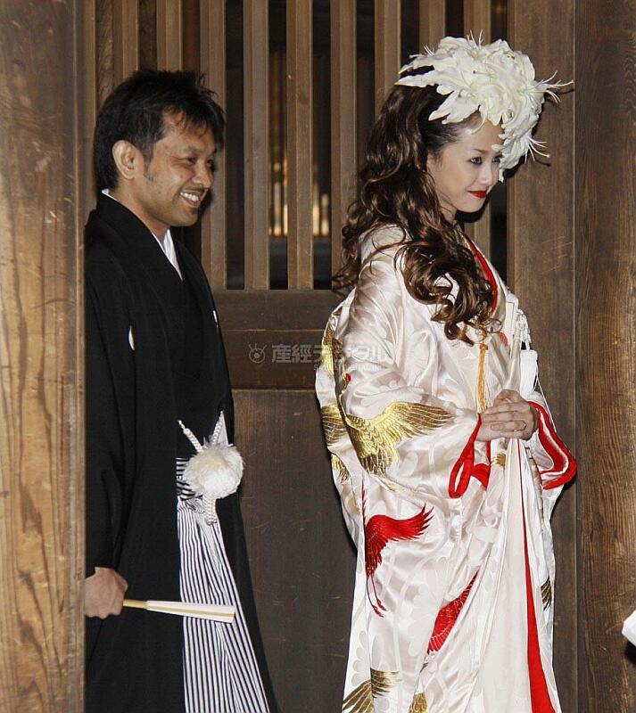 【芸能】沢尻エリカと高城剛氏が挙式