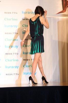【女優】36歳になって艶めかしいナマ脚を披露してくれる米倉涼子サン(画像あり)