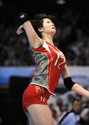 【女子バレーボール】木村沙織、184cmの長身を支える美しすぎる美脚 最強のキューティ・スパイカー(画像あり)