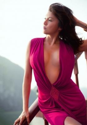 【芸能】藤原紀香、40歳の妖艶美BODY再び…大胆なセクシーショット披露