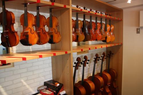 北里楽器店舗