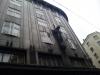 意味不明な彫像つきビル