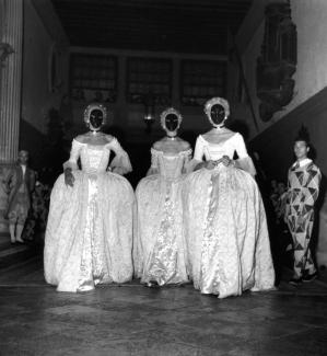 Bal  Beistegui  Venice  3 September 1951 by Robert Doisneau