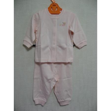 ファミリア 新品・タグ付き!シンプルなワンポイントが可愛い長袖パジャマ 80