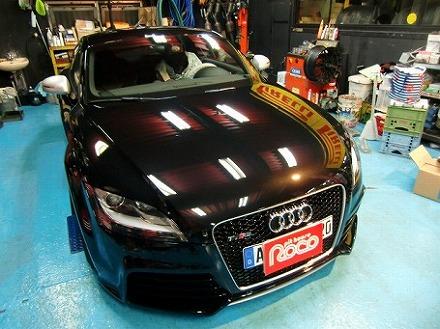 欧州車ガラスコーティング施工ピットハウスロコ