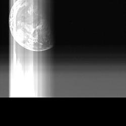 はやぶさが最後に写した地球
