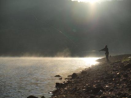 野反湖畔の朝釣行