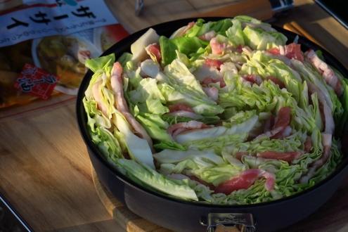豚肉とキャベツのザーサイ鍋