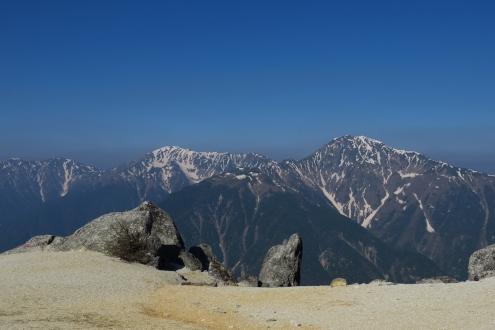 薬師岳とイルカ岩と白峰三山