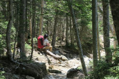 登山道でバテバテ