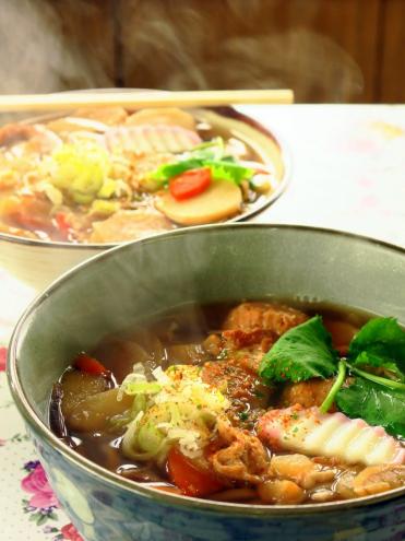 筑波山御幸ヶ原山頂広場たかはし食堂のつくばうどん