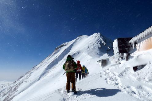 赤岳山頂直下