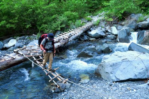 大門沢の木橋