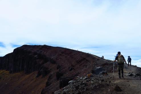 浅間山爆裂火口