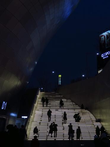 東大門デザインプラザ