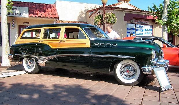1950_Buick_Roadmaster_Estate_Wagon.jpg