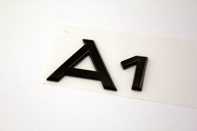 Audi ブラッククロームエンブレム