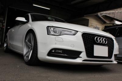 Audi RS5スタイル グリル