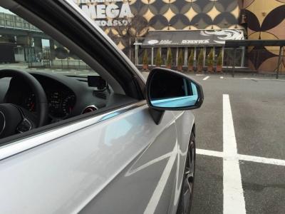 Audi A3/S3/RS3(8V)用 クリアブルー ワイドミラー