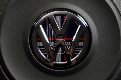 VW GOLF7 GTI ステアリング インレイ